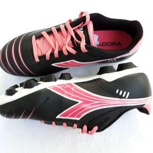 ☆ Diadora Kids Cattura MD Jr Soccer Shoes